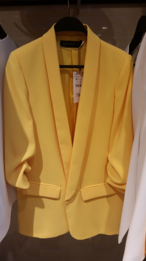 This yellow blazer is perfect for adding some colour to your summer wardrobe and can be dressed up or down as in the picture on the left
